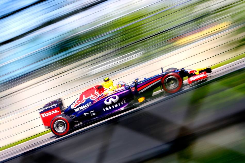 Daniel Ricciardo (Red Bull) à travers la forêt canadienne
